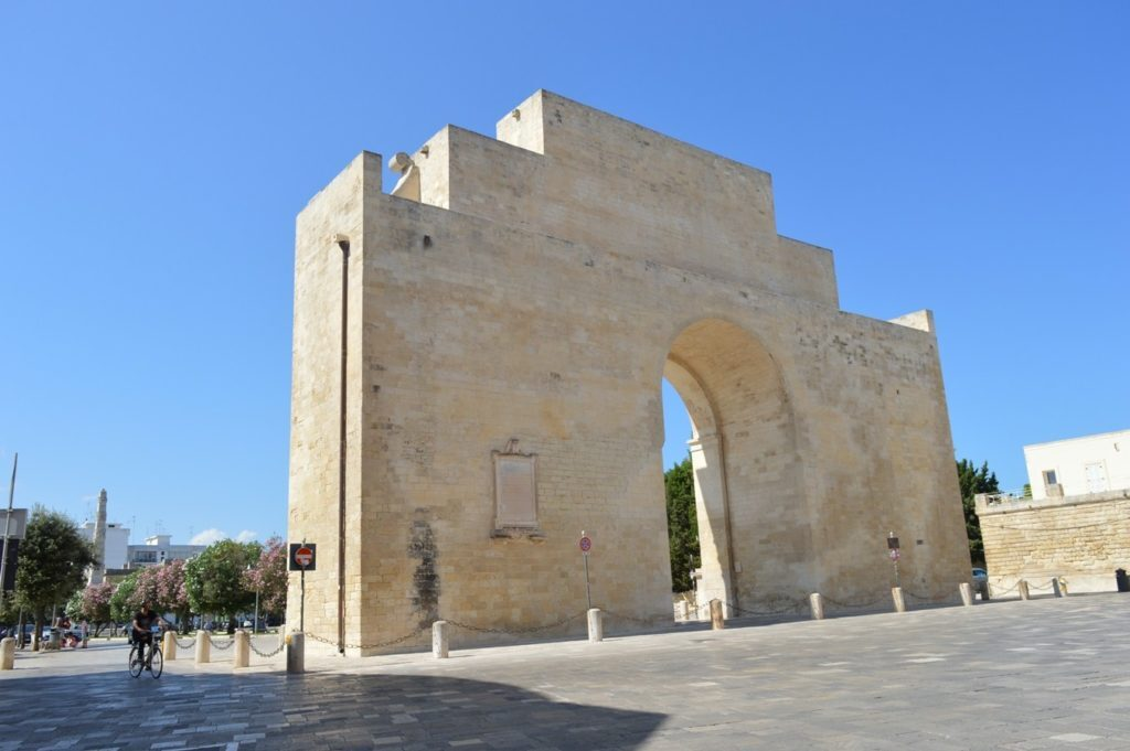 Lecce Porta Napoli cosa da visitare