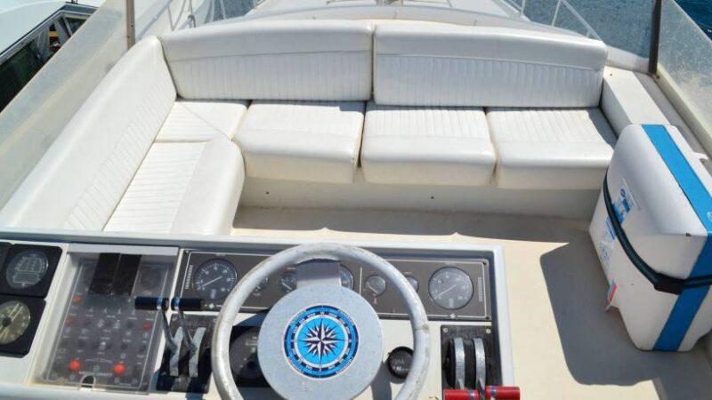 Yacht punta prosciutto noleggio6