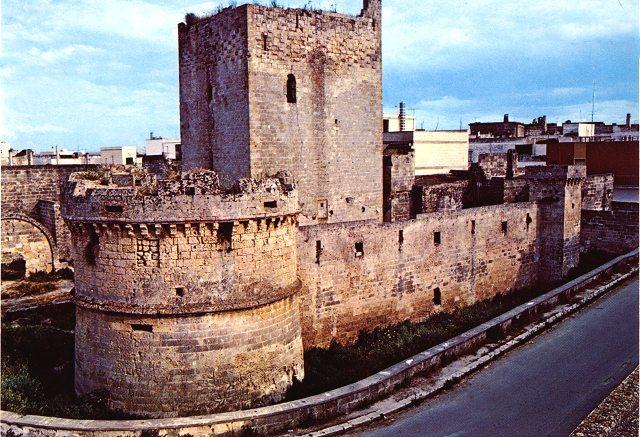 Avetrana castello