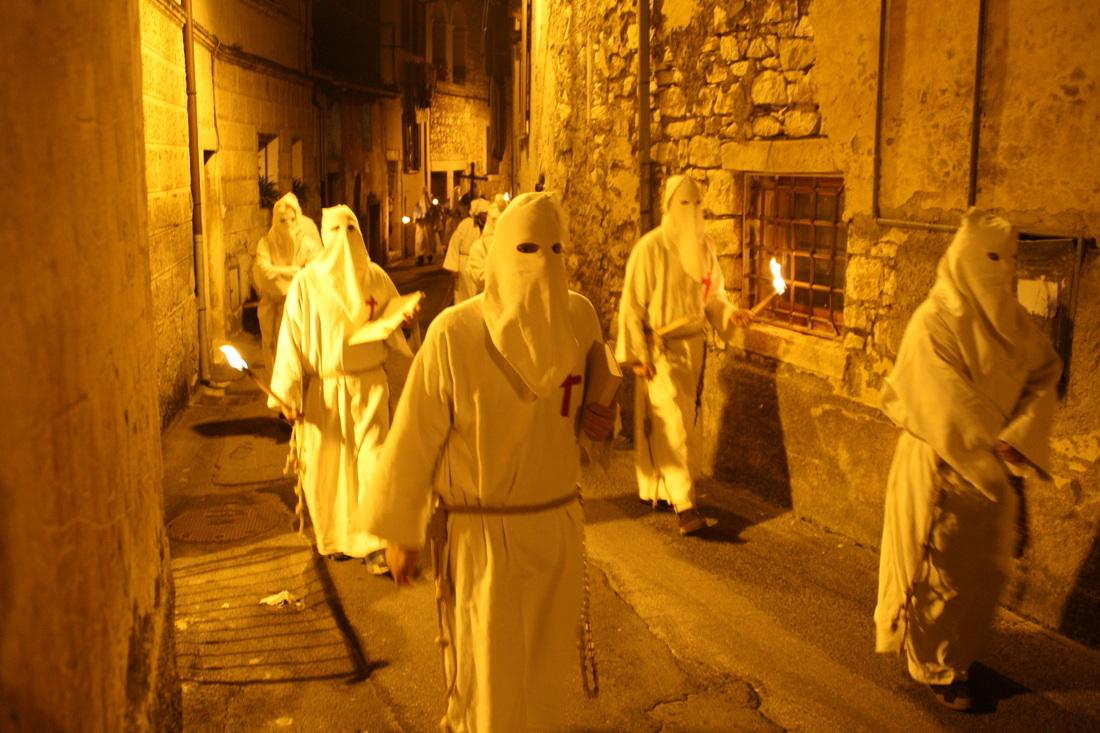 """Tradizioni e folklore: gli antichi riti della """"Settimana Santa"""""""