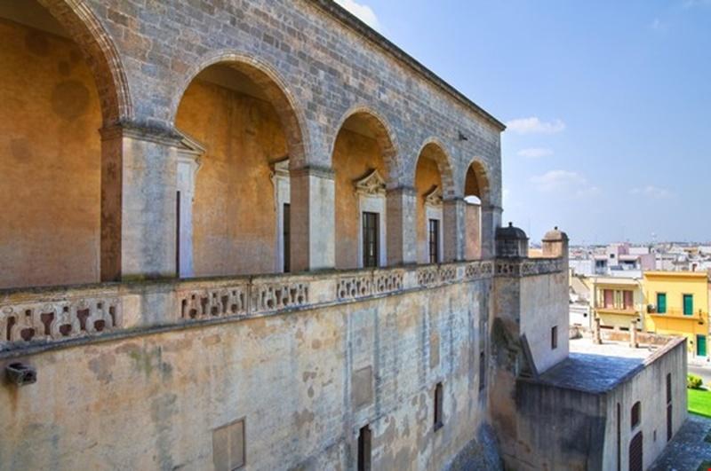 Mesagne centro storico palazzi barocco