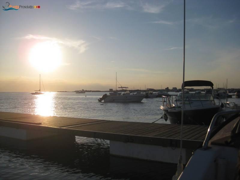 Noleggio barche portocesareo