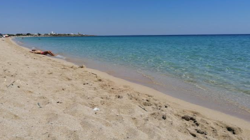 Salina monaci spiaggia