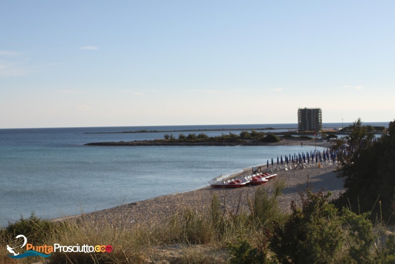 Spiaggia spiaggia di torre chianca 8g2