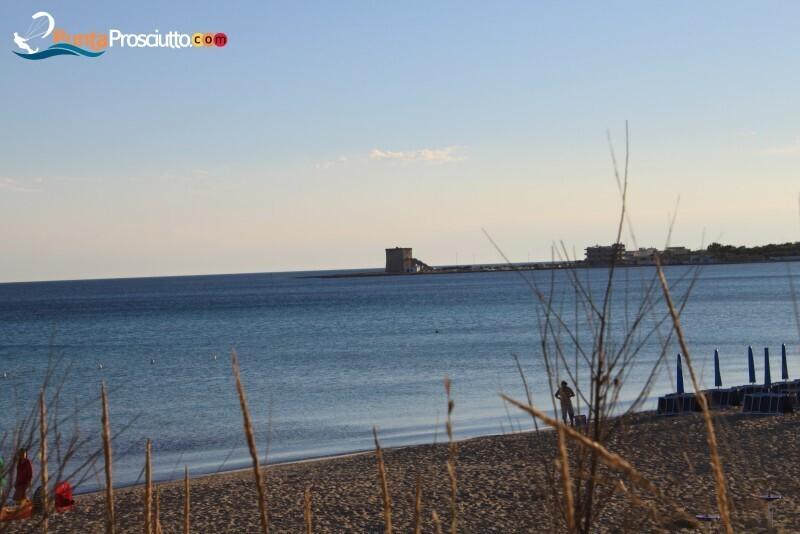 Spiaggia spiaggia di torre lapillo qcy