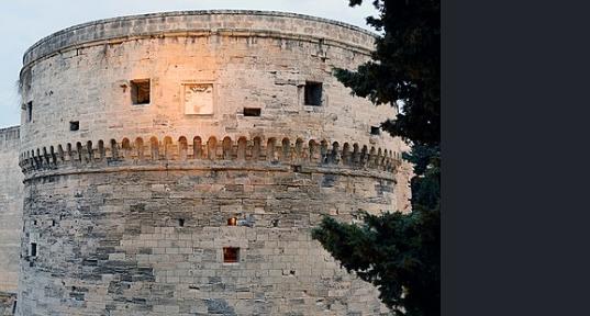 torre circolare castelllo di Taranto